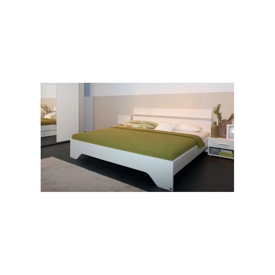 european size king size bed with 2 bedside tables felbach. Black Bedroom Furniture Sets. Home Design Ideas